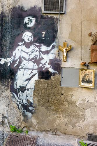 Zdjęcie XXL Madonna z pistoletem