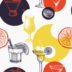 FototapetaVector pattern with vintage alcoholic cocktails sketch. Ink hand drawn drinks and ingredients background for bar or restaurant menu