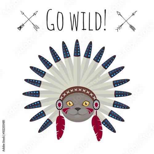 kot-w-indianskiej-czapce-w-tle-napis-go-wild