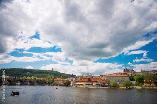 In de dag Donkerblauw Prague