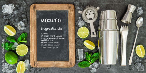Fototapeta Drink making tools ingredients Chalkboard recipe mojito obraz