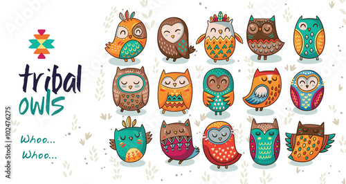In de dag Uilen cartoon Set of tribal owls