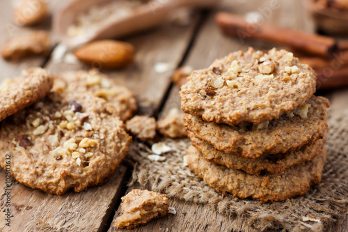 Foto auf Gartenposter Kekse homemade oatmeal cookies with nuts