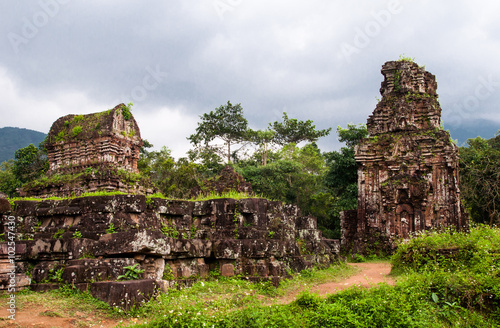 Foto  My Son hindu  temple ruins, Vietnam, Unesco Heritage in Vietnam