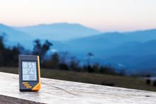 Digital Display Thermometer