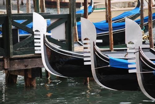 Spoed Foto op Canvas Gondolas Venedig