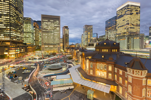 Foto op Canvas Seoel Tokyo station aerial view with office building background at night, Thailand