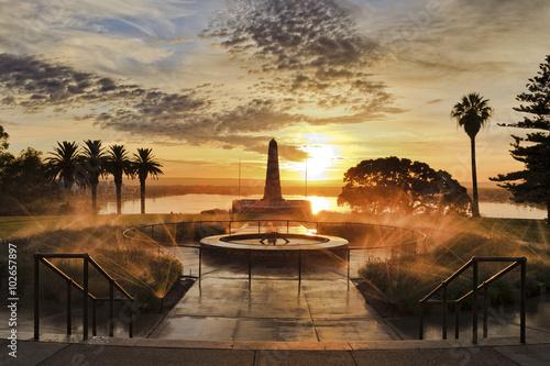 fototapeta na lodówkę Perth Monument Kings Park Sunrise
