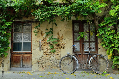 bicycle on the street-labastide d.armagnac