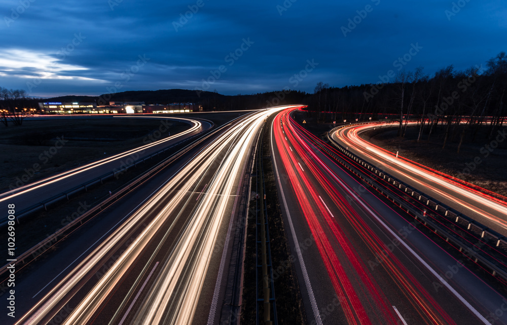Fototapety, obrazy: white and red car light trails on motorway junction