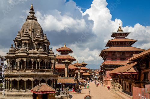 In de dag Nepal Patan Durbar Square is one of the three Durbar Squares in the Kathmandu Valley, all of which are UNESCO World Heritage Sites.