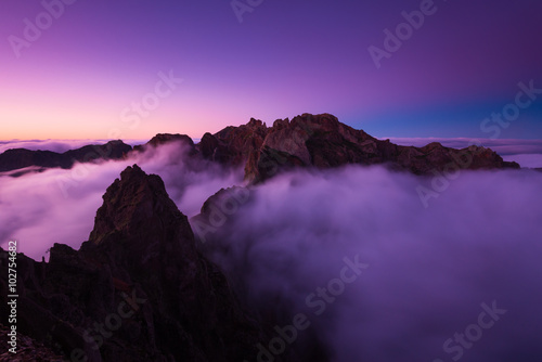 Poster Prune Sunset in Pico do Arieiro mountain, Madeira (Portugal)