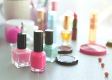 Nail Polish With Makeup Cosmet...