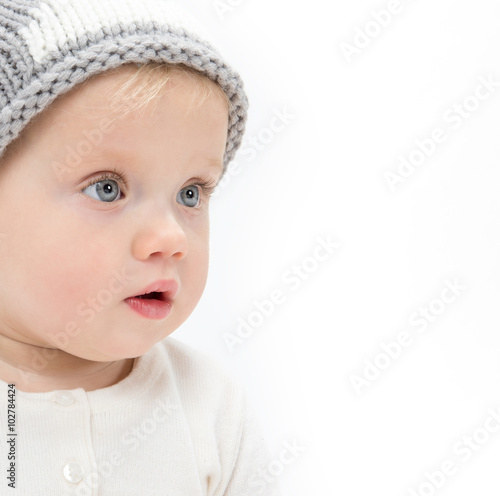 obraz lub plakat little child baby portrait in hat
