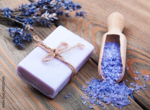 Fotografie, Obraz  Ručně šité Levandule mýdlo a sůl