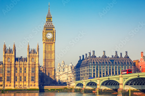 Poster de jardin Londres Big Ben and westminster bridge in London