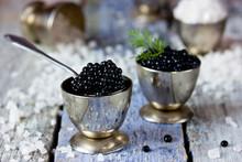 Black Caviar, Luxurious Delica...
