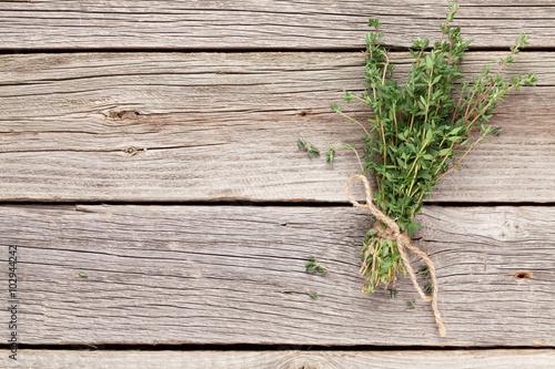Cuadros en Lienzo Bunch of garden thyme herb