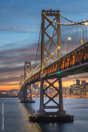 In de dag Milan Bay Bridge San Francisco