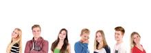Gruppe Teenager In Der Reihe