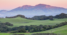 Sunset Over Mount Diablo From Rolling Grassy Hills Of Briones Regional Park. Taken From Mott Peak In Contra Costa County, California, USA.