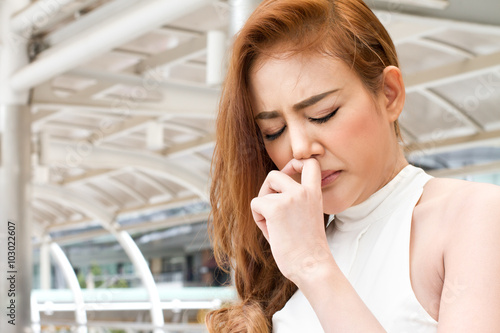 Fotografie, Obraz  sick woman suffering from runny nose
