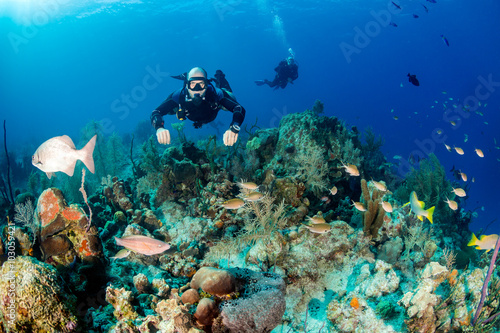 Fotobehang Duiken Sidemount diving on a Coral Reef