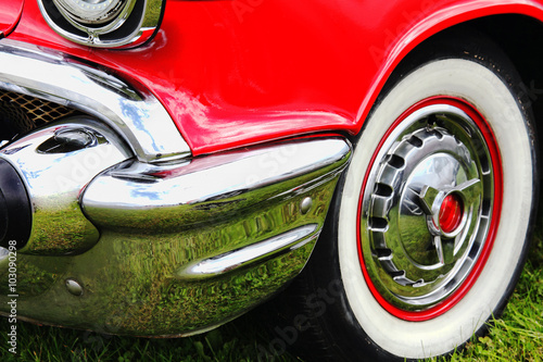 Keuken foto achterwand Vintage cars Old fashioned vintage red classic collectors car