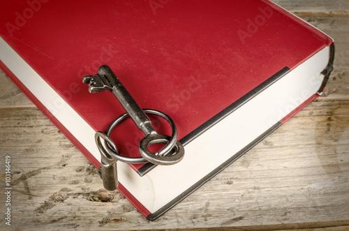 Fotografía  The key to knowledge