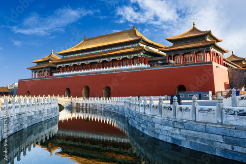 Deurstickers Peking The ancient royal palaces of the Forbidden City in Beijing, China