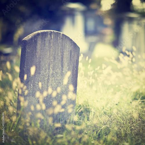 Foto op Canvas Begraafplaats Graveyard