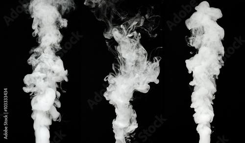 Fotobehang Rook white smoke cloud on black background