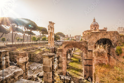 Photo  Famous Roman ruins in Rome, Italy