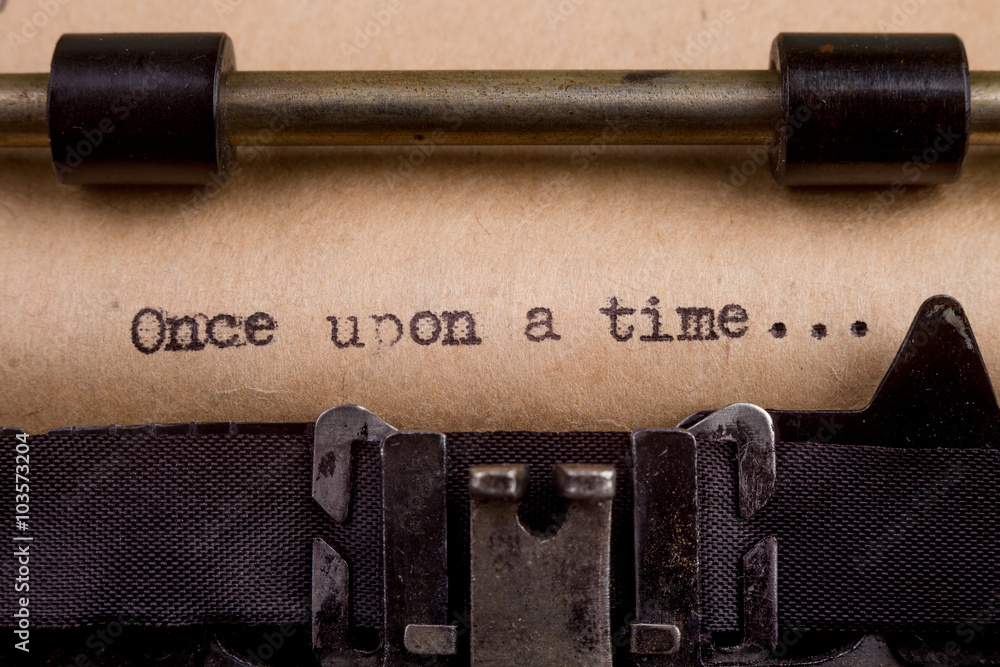 Fototapety, obrazy: typed words on a Vintage Typewriter