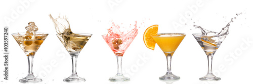 Deurstickers Alcohol A martini glass on a white background; alcohol cocktail set with splash isolated on white; horizontal format