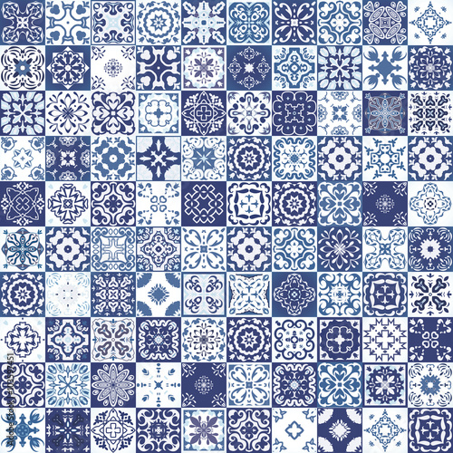 Gorgeous floral patchwork design. Moroccan or Mediterranean square tiles, tribal ornaments. For wallpaper print, pattern fills, web page background, surface textures. Indigo blue white teal aqua Fototapete