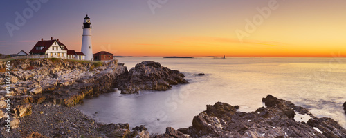 Foto auf Leinwand Leuchtturm Portland Head Lighthouse, Maine, USA at sunrise