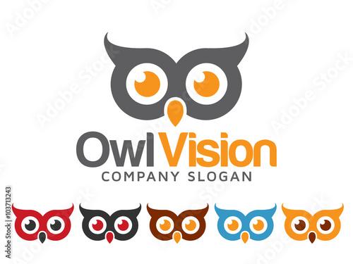 Tuinposter Uilen cartoon Owl Logo