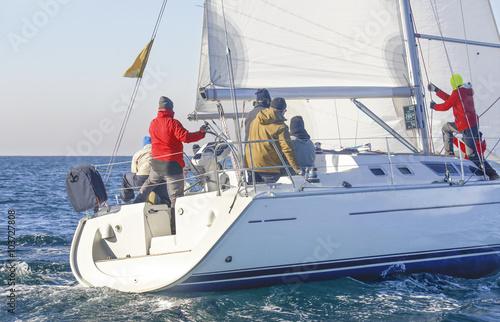 Staande foto Zeilen regata nel mar mediterraneo, Italia