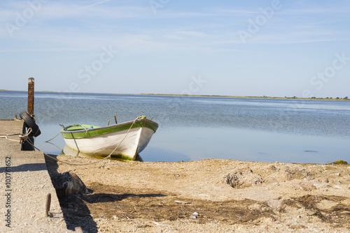 Photo  Old boat at sea