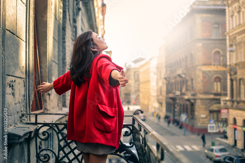 The red coat - 103820470