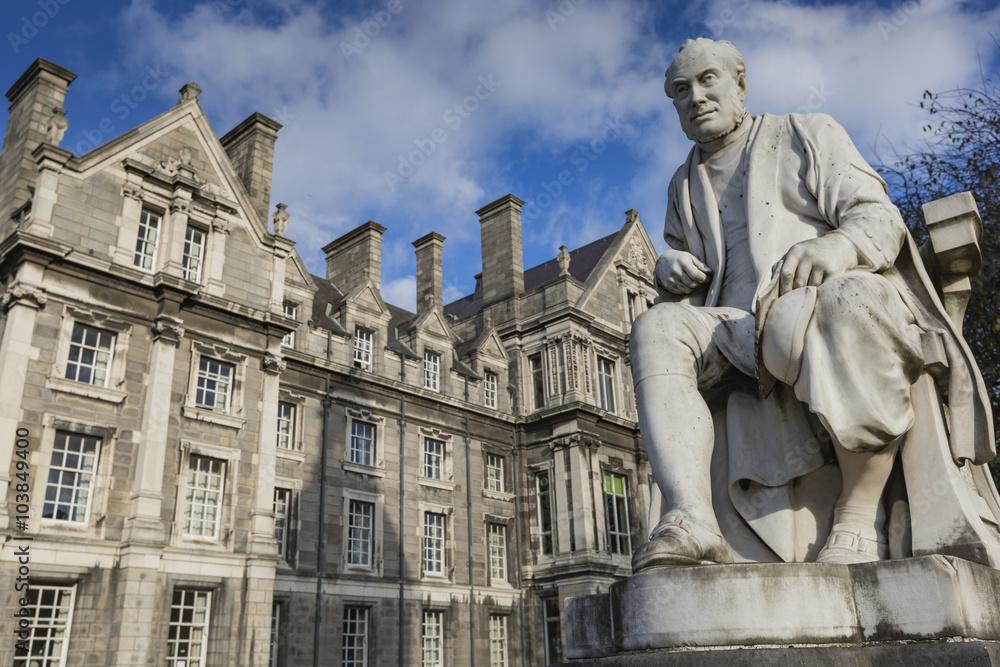 Fotografia  DUBLIN -JANUARY 12: Trinity College on January 12, 2015, Dublin.