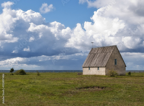 Fotografía  Small chapel by the sea, Gotland, Sweden