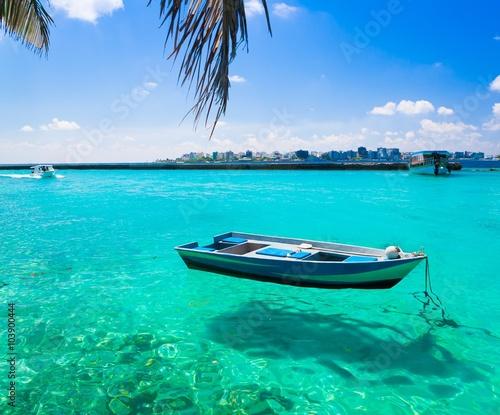 Deurstickers Australië Maldives, tropical sea boat!
