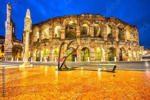 Fotografie, Obraz  Arena di Verona, Itálie