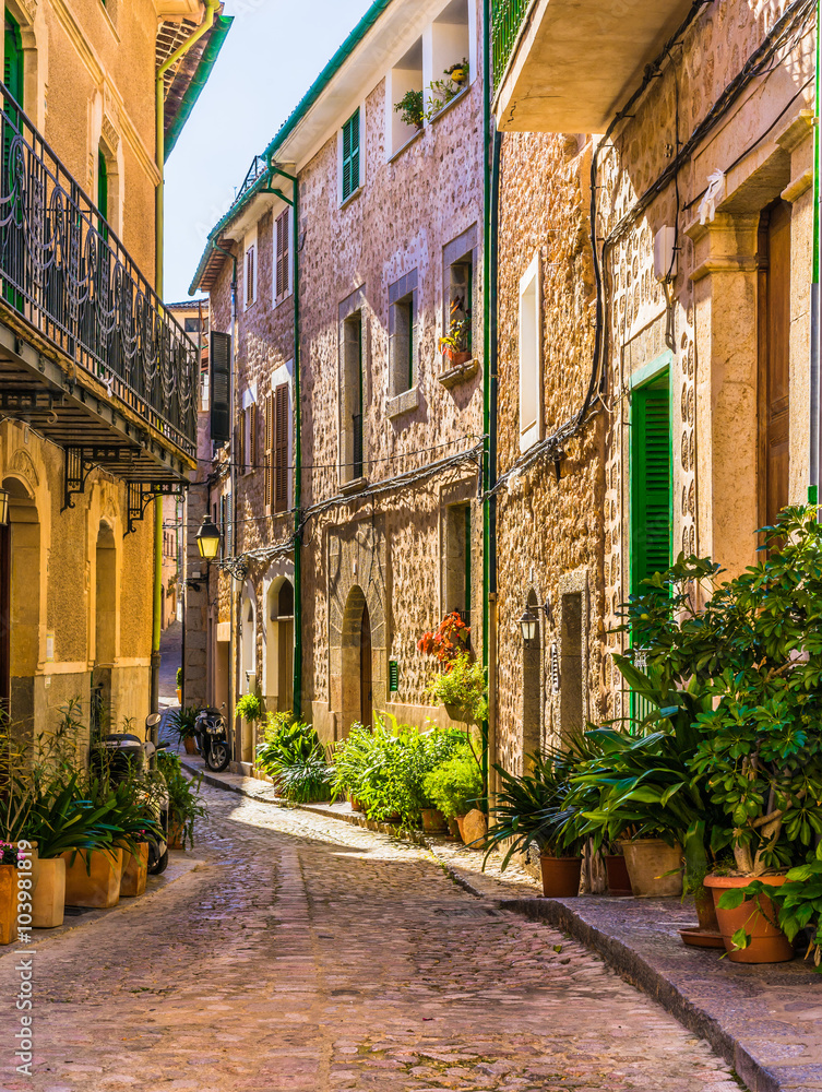 Fototapety, obrazy: Picturesque street of a old mediterranean village