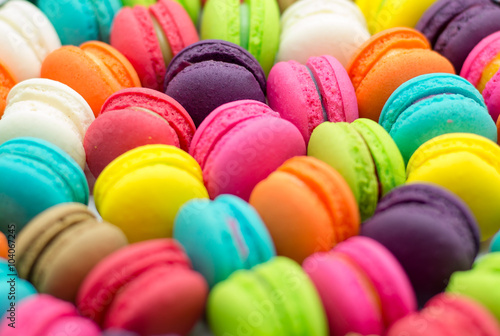 Photographie  A french sweet delicacy, macaroons variety closeup.