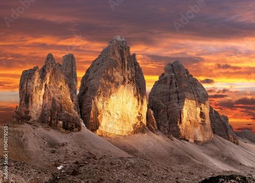 Photo  Evening view of Drei Zinnen or Tre Cime di Lavaredo