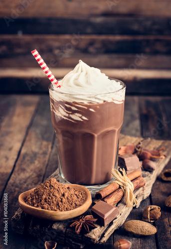 Foto op Aluminium Milkshake Chocolate milkshake with whipped cream