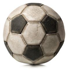 Stara nogometna lopta izolirana na bijelom / Detalj stare crno-bijele nogometne lopte izolirane na bijeloj pozadini